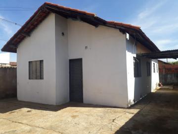 Alugar Casa / Padrão em Botucatu. apenas R$ 110.000,00