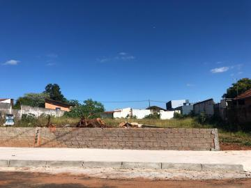 Terreno / Padrão em Botucatu , Comprar por R$320.000,00