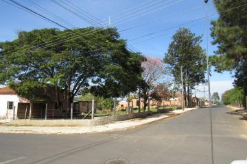 Terreno / Padrão em Botucatu , Comprar por R$37.000,00