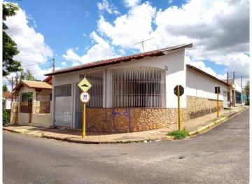 Alugar Casa / Padrão em Bauru. apenas R$ 300.000,00