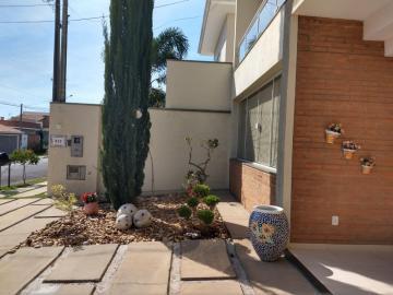 Comprar Casa / Condomínio em Botucatu R$ 1.300.000,00 - Foto 2