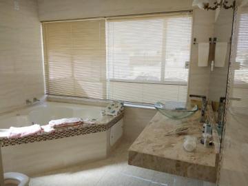 Comprar Casa / Condomínio em Botucatu R$ 1.300.000,00 - Foto 15