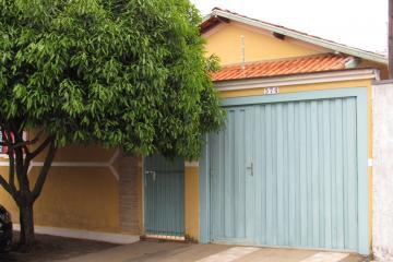 Casa / Padrão em Botucatu , Comprar por R$310.000,00