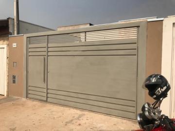Casa / Padrão em Botucatu , Comprar por R$235.000,00