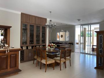 Casa / Condomínio em Botucatu , Comprar por R$1.300.000,00