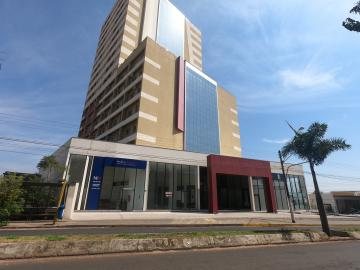 Alugar Apartamento / Mobiliado em Botucatu. apenas R$ 1.000,00