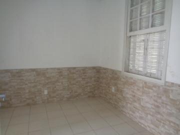 Alugar Comercial / Ponto Comercial em Botucatu R$ 1.500,00 - Foto 8