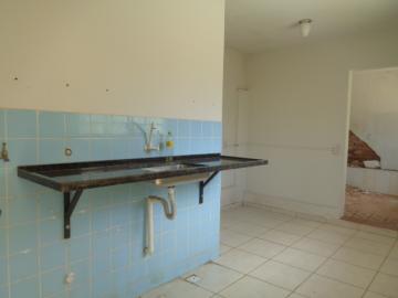 Alugar Comercial / Ponto Comercial em Botucatu R$ 1.500,00 - Foto 18