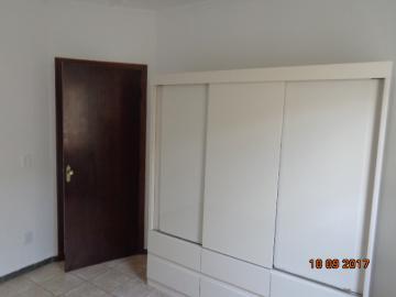 Alugar Casa / Padrão em Botucatu R$ 1.400,00 - Foto 7