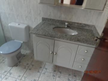 Alugar Casa / Padrão em Botucatu R$ 1.400,00 - Foto 10