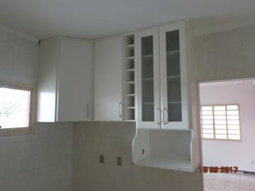 Alugar Casa / Padrão em Botucatu R$ 1.400,00 - Foto 14