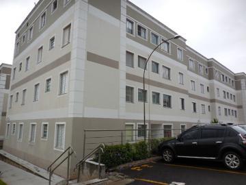 Alugar Apartamento / Padrão em Botucatu. apenas R$ 1.000,00
