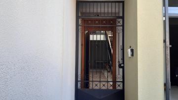 Alugar Comercial / Ponto Comercial em Botucatu. apenas R$ 650,00