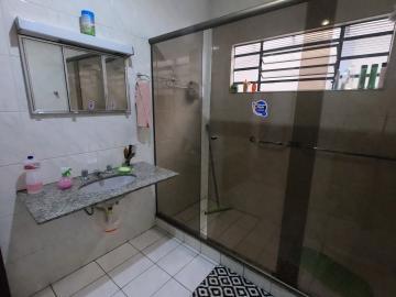 Alugar Casa / Padrão em Botucatu R$ 2.500,00 - Foto 15