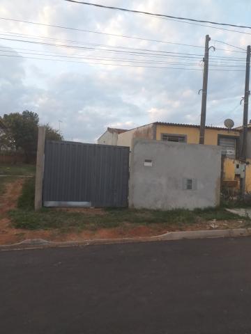 Terreno / Padrão em Botucatu Alugar por R$700,00