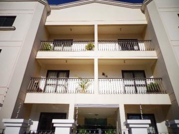 Apartamento / Padrão em Botucatu , Comprar por R$300.000,00