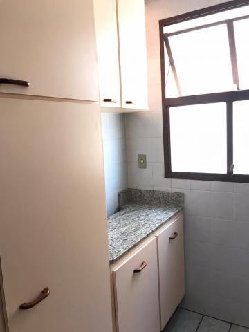 Alugar Apartamento / Padrão em Botucatu R$ 650,00 - Foto 7