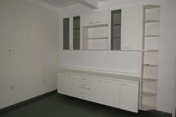Alugar Casa / Sobrado em Botucatu. apenas R$ 1.900,00