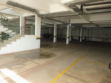 Alugar Apartamento / Padrão em Botucatu R$ 860,00 - Foto 8