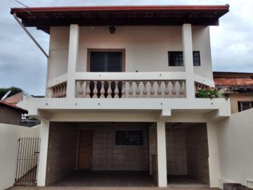 Comprar Casa / Padrão em Botucatu R$ 400.000,00 - Foto 3