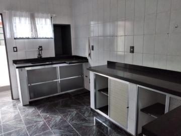Comprar Casa / Padrão em Botucatu R$ 400.000,00 - Foto 5