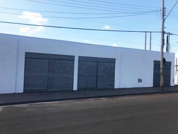 Comercial / Galpão - Barracão em Botucatu