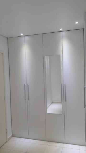 Comprar Apartamento / Padrão em Botucatu R$ 140.000,00 - Foto 9