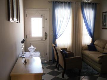 Comprar Casa / Padrão em Botucatu R$ 460.000,00 - Foto 2