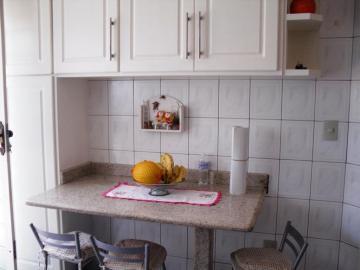 Comprar Casa / Padrão em Botucatu R$ 460.000,00 - Foto 5