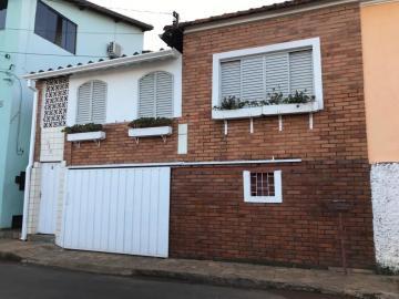 Alugar Casa / Padrão em Botucatu. apenas R$ 250.000,00