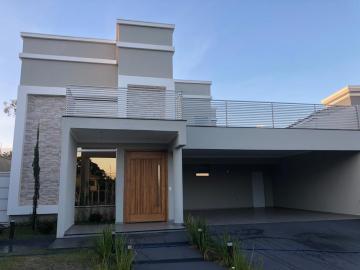 Casa / Condomínio em Botucatu , Comprar por R$1.400.000,00