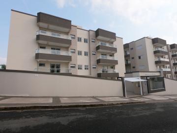 Apartamento / Padrão em Botucatu Alugar por R$1.600,00