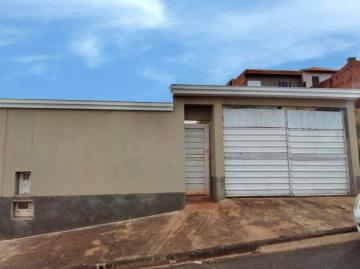 Casa / Padrão em Botucatu Alugar por R$550,00