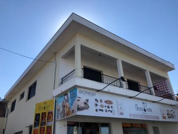 Casa / Padrão em Botucatu Alugar por R$1.600,00