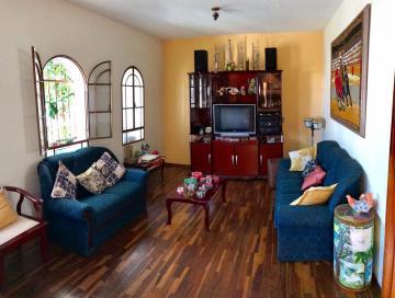 Alugar Casa / Sobrado em Botucatu. apenas R$ 480.000,00