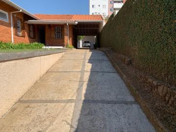 Comprar Casa / Padrão em Botucatu R$ 700.000,00 - Foto 2