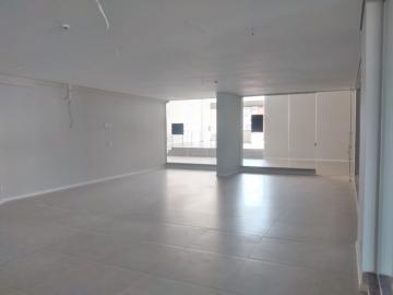 Alugar Comercial / Sala em Botucatu R$ 2.000,00 - Foto 3