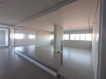 Alugar Comercial / Sala em Botucatu R$ 2.000,00 - Foto 8
