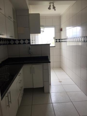 Comprar Apartamento / Padrão em Botucatu R$ 300.000,00 - Foto 5