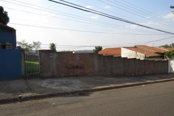 Terreno / Padrão em Botucatu , Comprar por R$270.000,00