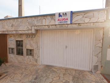 Casa / Condomínio em Botucatu Alugar por R$1.000,00