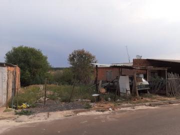Terreno / Padrão em Botucatu , Comprar por R$50.000,00