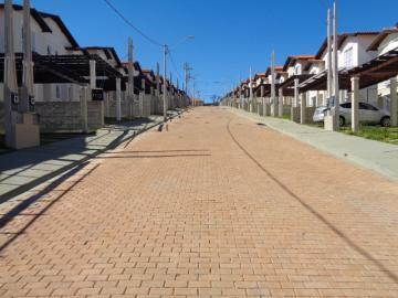 Alugar Casa / Condomínio em Botucatu. apenas R$ 350.000,00