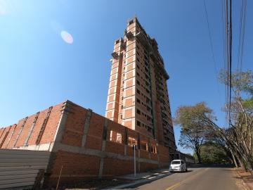 Apartamento / Padrão em Botucatu , Comprar por R$340.000,00