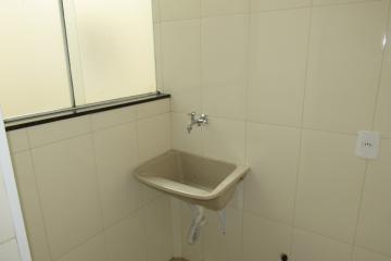 Comprar Apartamento / Padrão em Botucatu R$ 265.000,00 - Foto 5