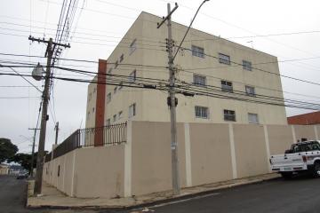 Apartamento / Padrão em Botucatu , Comprar por R$265.000,00