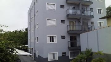 Apartamento / Padrão em Botucatu Alugar por R$1.020,00