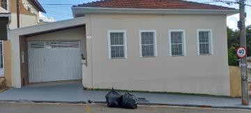 Alugar Comercial / Casa Comercial em Botucatu. apenas R$ 2.000,00