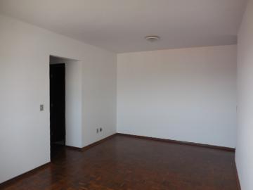 Alugar Apartamento / Padrão em Botucatu R$ 1.400,00 - Foto 6