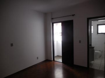 Alugar Apartamento / Padrão em Botucatu R$ 1.400,00 - Foto 10